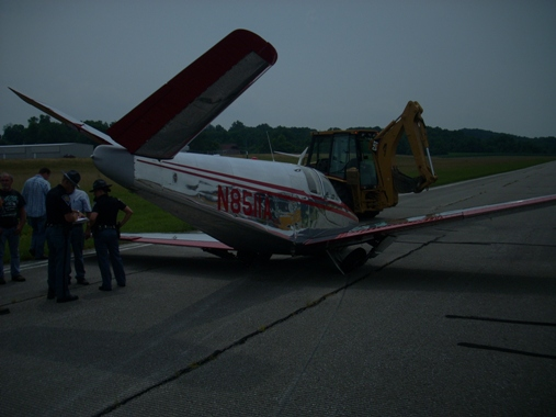 2009-07-10 Emergency Landing at Monroe County Airport 4.JPG