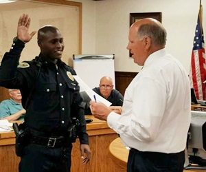 washington officer swore in.jpg