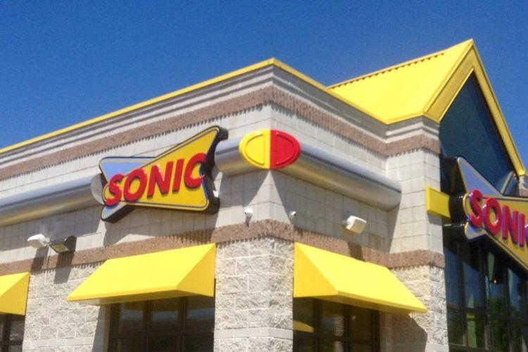 14210282506_9dde20081b_o_sonic-restaurant-750x500.jpg