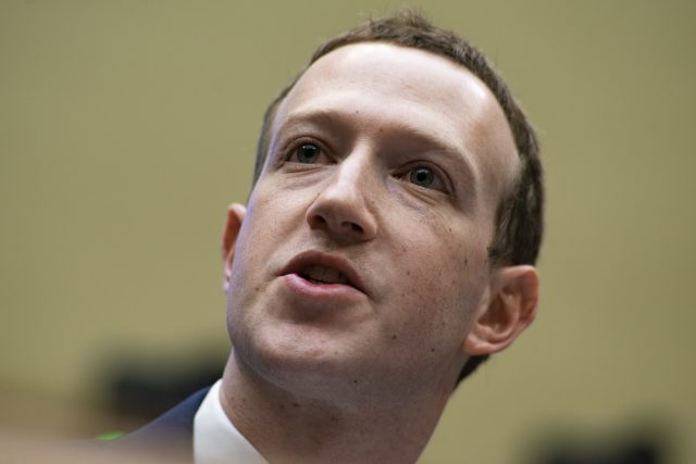 Mark-Zuckerberg-testifies-before-the-House-Committee-on-Energy-and-Commerce-April-11-2018-2-640x427.jpg