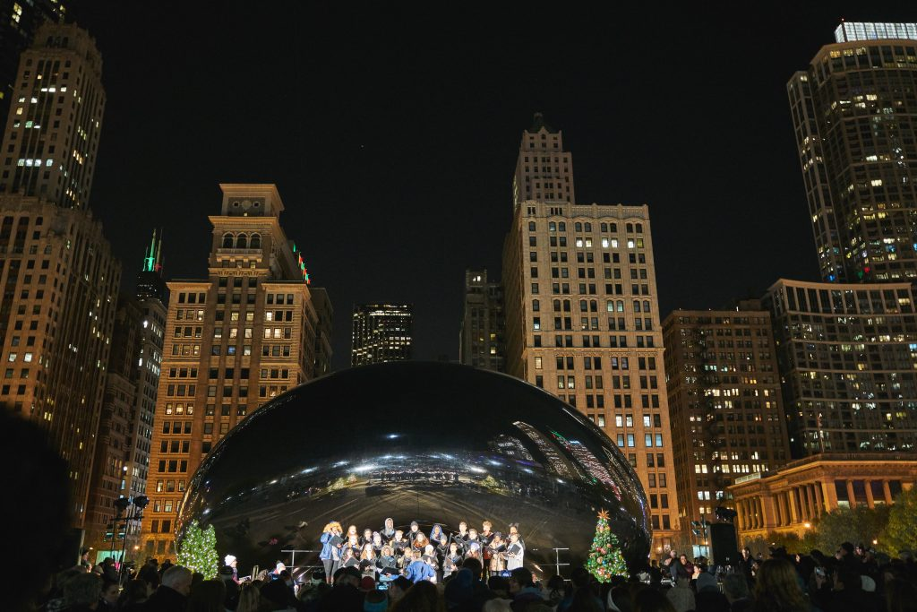 Chicago Christmas Tree Lighting 2019.Chicago Loop Alliance Releases Holidays In The Loop List